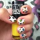 Colored cheetah nails