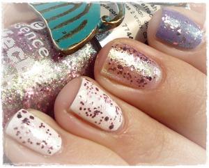 http://malykoutekkrasy.blogspot.cz/2014/03/essence-effect-nail-polish-03-glitz-glam.html
