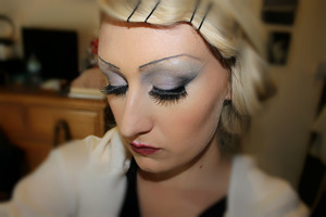 re created the dior 1920s look!