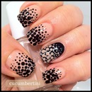 nude & Black dots