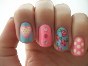 Inspiration: http://nailsbymellissa.blogspot.com/2012/06/floral-mix-n-match.html Polishes used: Color Club - Factoy Girl and Color Club - Modern Pink