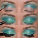Sky Blue Smokey Eyes