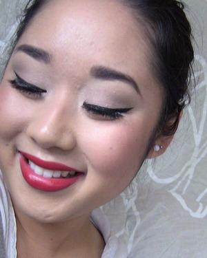 fotd: http://warmvanillasugar0823.blogspot.com/2011/10/fotd-bold-red-lip.html