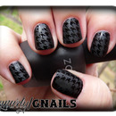 Matte/Glossy Houndstooth
