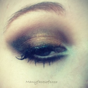 This smokey eye is kinda inspired by steampunk. OMG I love steampunk clothes :D