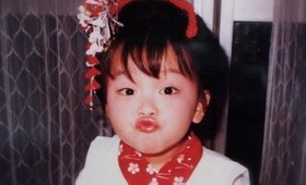 Me at 3 years old getting my first makeup / 初めてのメイク