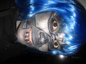 Freestyle Robot - using eye shadow and eyeliner