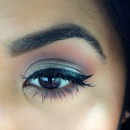 Cat eye lashes and pigment!