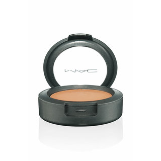 MAC Cream Color Base