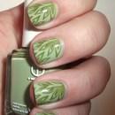 Green-on-Green Organic Print Nails