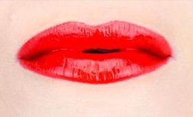 Perfect Red Lips - Perfektné červené pery (In Slovak)