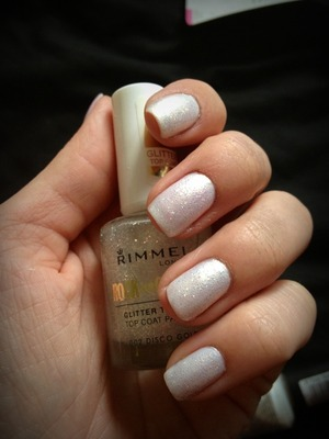 White nail polish with a glittery top coat - Love these colours together !