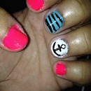 Anchor nails with stripes