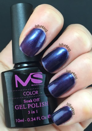 Navy blue gel polish from the Melody Susie Starter Kit