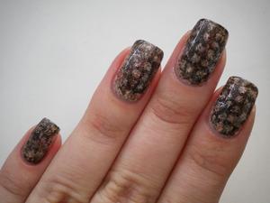 http://missbeautyaddict.blogspot.com/2012/03/31-day-challenge-animal-print-nails.html