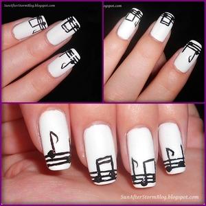 http://sunafterstormblog.blogspot.ro/2013/05/19-black-white-nails-colaborare-31-teme.html