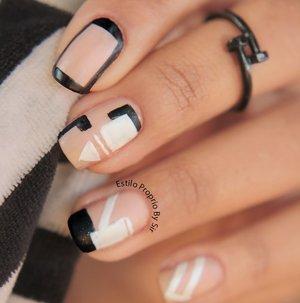 http://estilopropriobysir.com/2015/09/12/unha-decorada-preto-e-branco/ https://www.facebook.com/EstiloProprioBySir http://instagram.com/sicaramos />  beijos <3