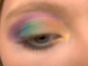 Just a simple cute eyeshadow that is inspired by Talia.