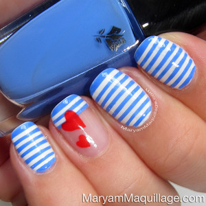 Tutorial: http://www.maryammaquillage.com/2013/06/sailor-stripes-nail-art-easy-tutorial.html