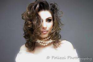 Credits:  Photog: Curinne Polizzi http://www.polizziphotography.com/ http://www.modelmayhem.com/2802535 Model: Keri Lynn http://www.facebook.com/polizziphoto?fref=ts http://www.modelmayhem.com/2795980 Hair: Hellena Anderson Makeup: Me http://www.facebook.com/SmokinColour http://www.modelmayhem.com/2875249 www.smokincolour.blogspot.com