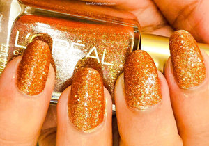 For more details visit http://lovefornailpolish.com/loreal-nail-polish-gold-dust-collection-i-like-it-chunky-review