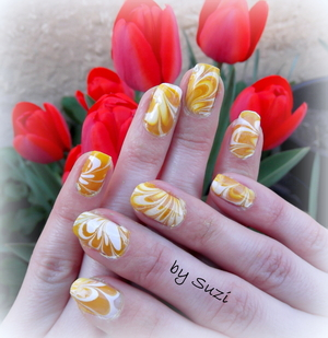 http://beautybysuzi.blogspot.com/2012/04/spring-water-marble-nail-design.html • S-He Stylezone, 393 • Gabriella Salvete White Special (French Manicure) • Jollie France, transparent