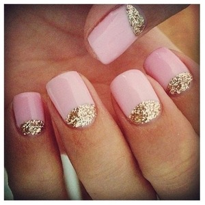 Cute half moon shaped cute nails!