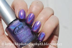 http://hkphotography83.blogspot.cz/2013/05/color-club-eternal-beauty.html