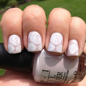 Using another wonderful 2012 Bundle Monster stamp! Steady As She Rose is the base, konad special white was used for the stamping.  http://polishmeplease.wordpress.com
