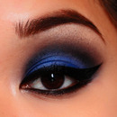 Dark Blue Smokey Eyes
