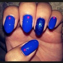 royal blue nails with pearls!