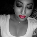 Red&Pink ombre lips.