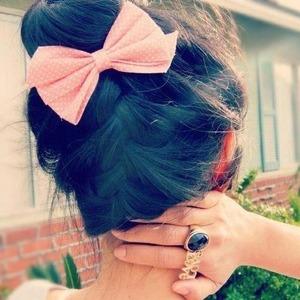 I love bows :)