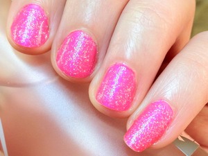This was the manicure I did while waiting for my hair to develop at the hairdresser. I chose Zoya Lola, my favourite bright glowing pink and added a holographic glitter to match my makeup for that night.