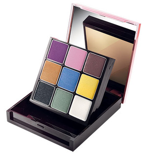 mark Super Flip Color Kit All you need in one Compact!  $20.00  The season's brightest, boldest-and hottest!-shades all in one unique two-sided compact. One side features an eye-popping array of nine shadows; flip the palette around for a full-sized, th
