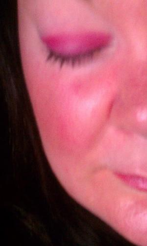 Glameyez Mineral Eyeshadow Je t' aime  one my eyes  and elf eyelid primer