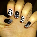 Cruella de Vil inspired nails :)