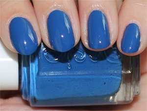 See swatches & review here: http://www.swatchandlearn.com/essie-mesmerize-swatches-review/