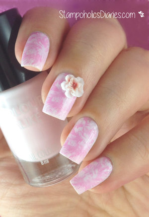 http://stampoholicsdiaries.com/2015/03/12/flower-nails-with-colour-alike-521-konad-pastel-pink-essence-mj-xi/