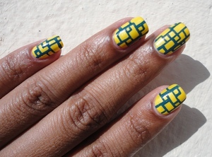 Try these easy nails using sally hansen nail art pens:  http://chinadolltt.blogspot.com/2012/05/cyberspace-nails.html