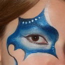 Fantasy winter eye makeup