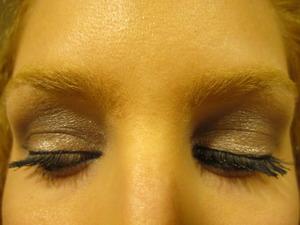 tarte soft & smoky eye shadow quad.
