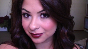 Trend: Winged Liner, Bold LIp