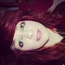 Red-yellow-green eyeshadow