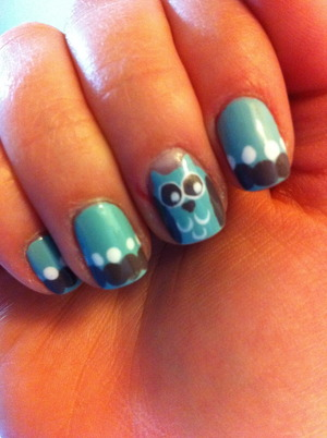 My attempt on owl nails.
