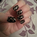 Black and gold quilted nails