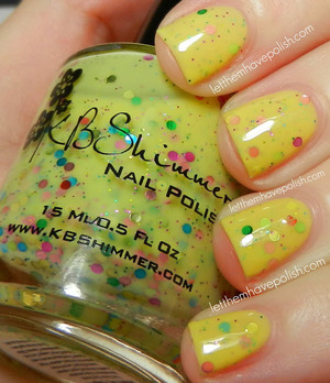 How adorable is this? I am loving the round glitters.