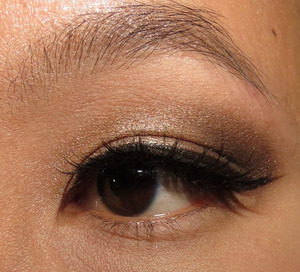 http://portraitofmai.blogspot.com/2012/03/silk-naturals-posh-and-chic-brown-eotd.html