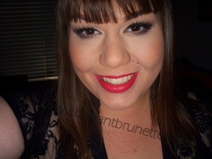 http://www.abrilliantbrunette.com/2012/03/neutral-eyes-power-brows-bold-lips-too.html