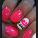 mwah xox nails